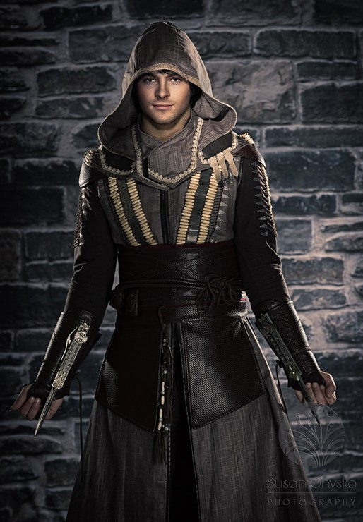Aguilar Assassins Creed Cosplay