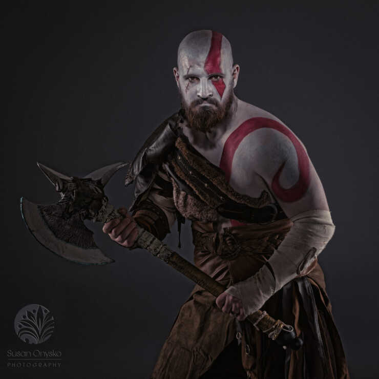 Kratos God of War Cosplay